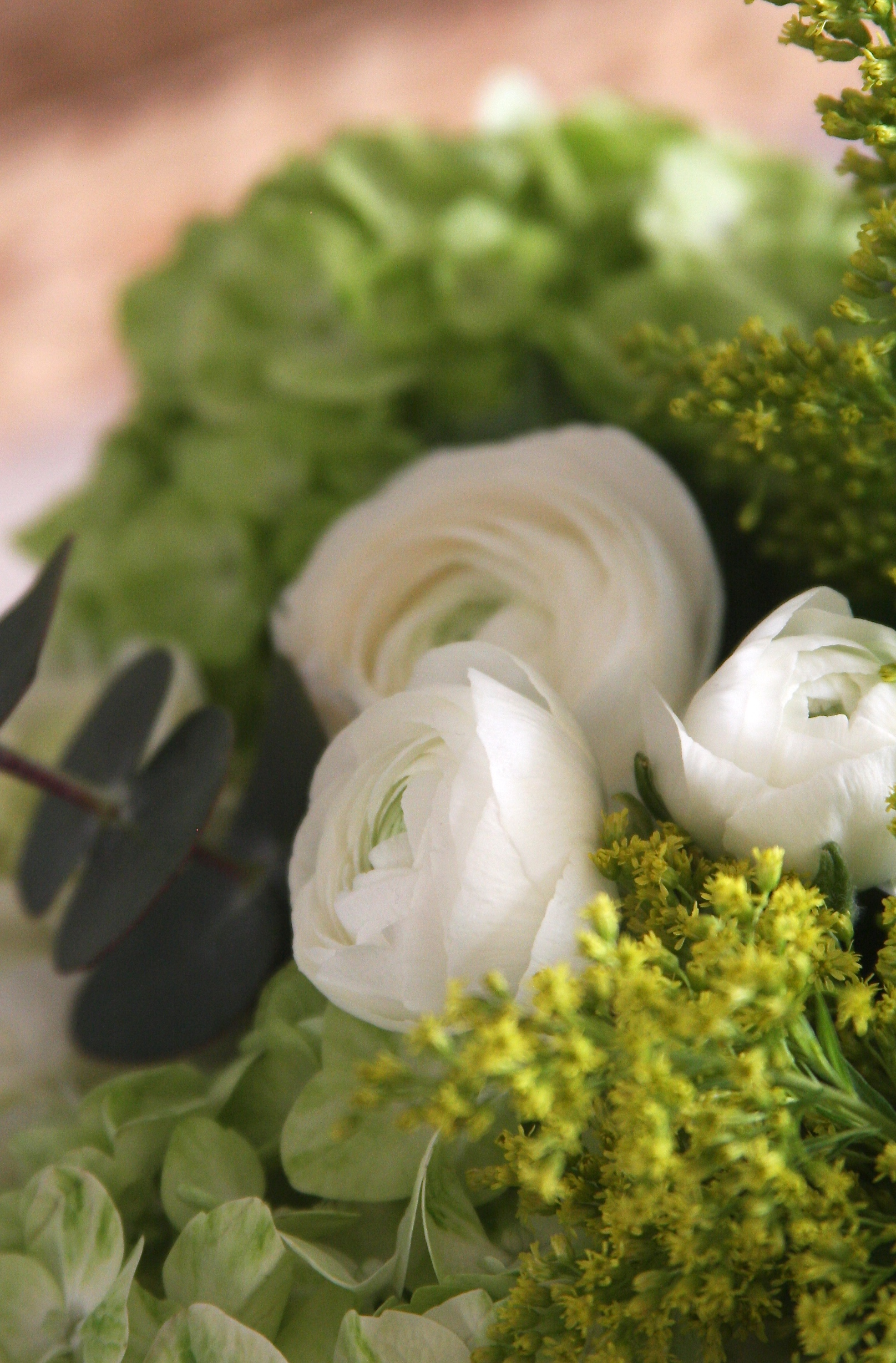 Elegant DIY Flower Arrangement