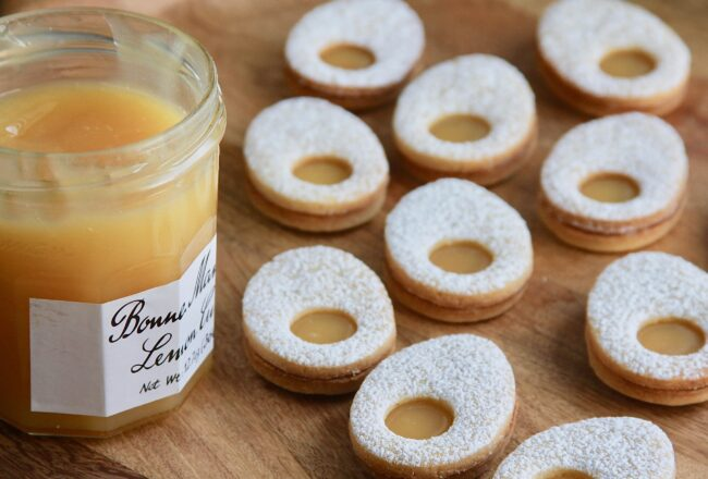 Lemon Curd Linzer Cookie Eggs